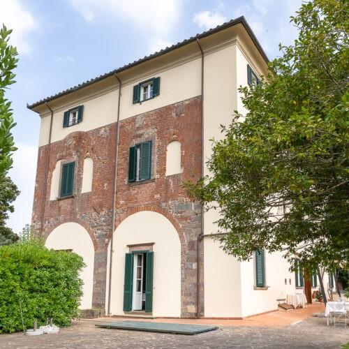 Hotel Villa San Michele - esterno - dettaglio della facciata originale