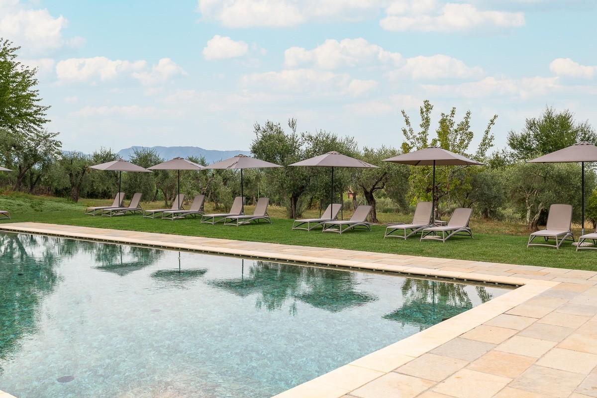 Hotel Villa San Michele - Solarium a bordo piscina